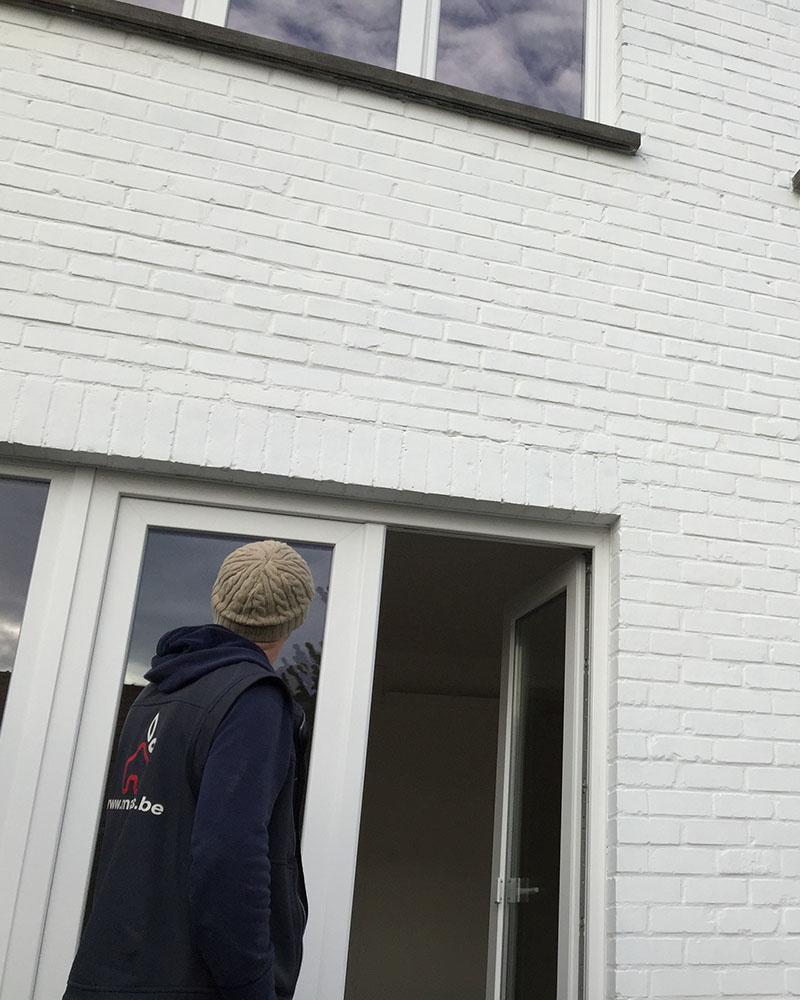 Pose porte et fenêtres en PVC